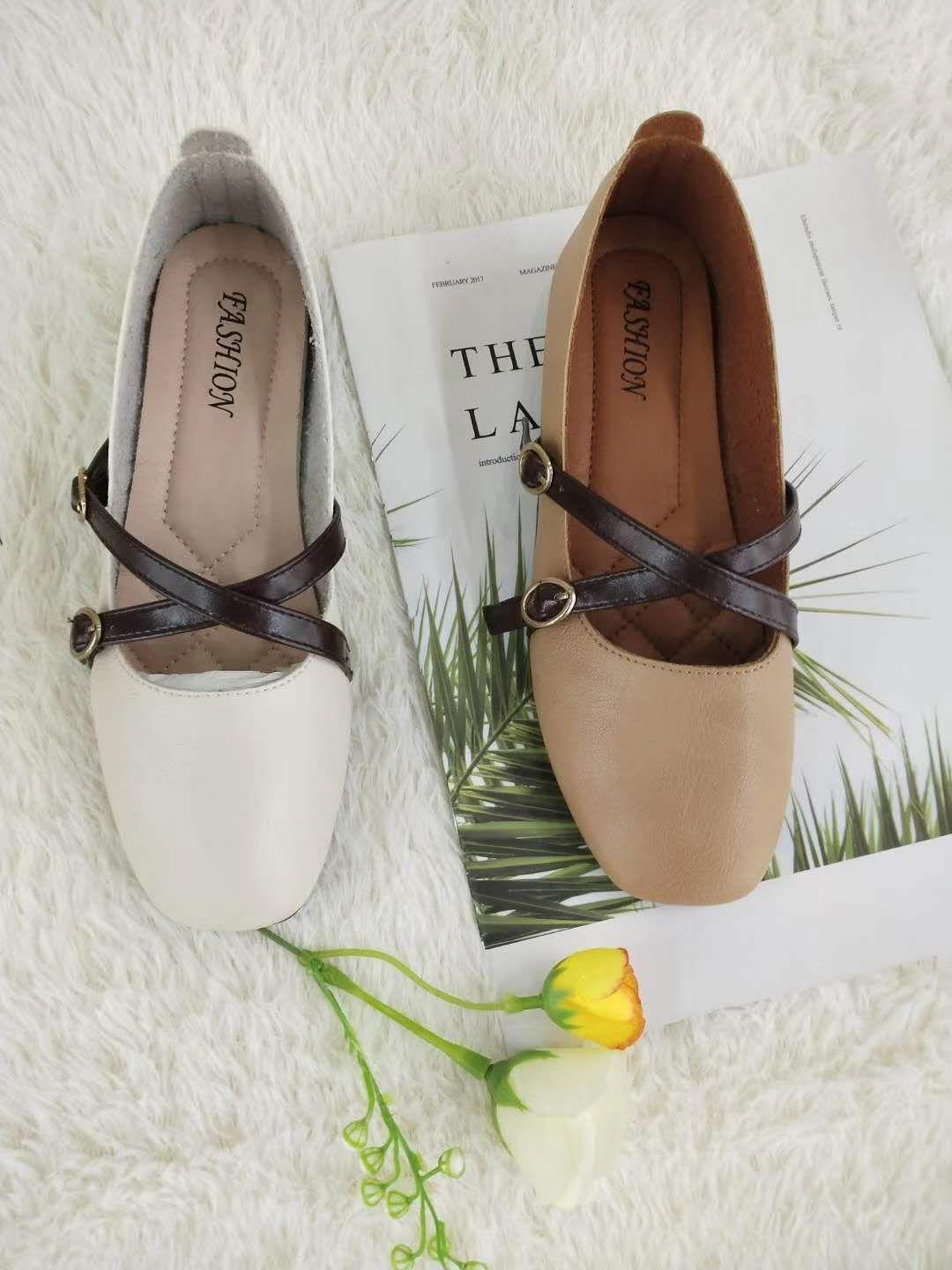 Handmade leather shoes fpr women - white and brown color